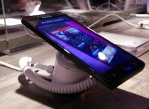 Lenovo CES 2015 te A6000 İsmindeki Telefonunu Duyurdu